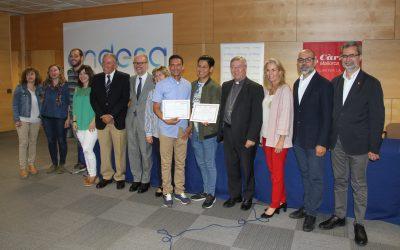 El director del SOIB participa en la entrega de los diplomas a los alumnos del curso de electricidad y domótica promovido por la Fundación Endesa i Càritas