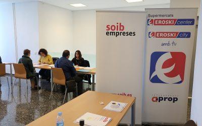 El SOIB entrevista 140 candidats en el segon job day d'EROSKI