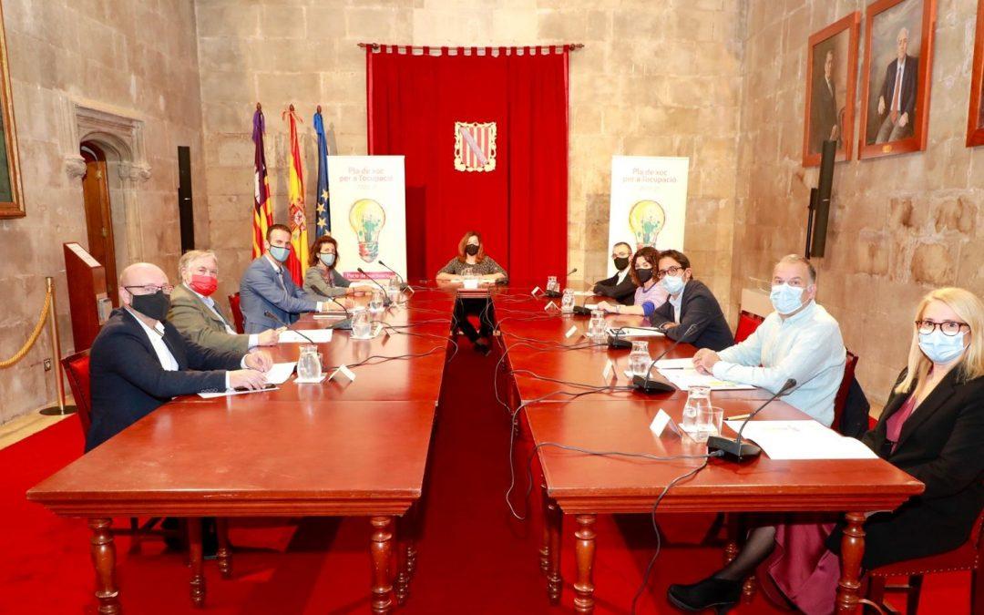 El Govern presenta el Pla de Xoc per a l'Ocupació, amb una inversió de 72 milions, que arribarà a més de 33.000 persones desocupades